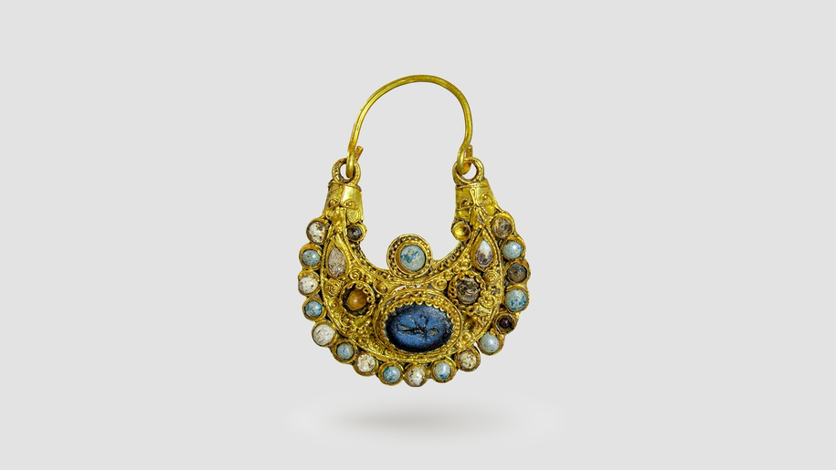 Ornate Gold Earring