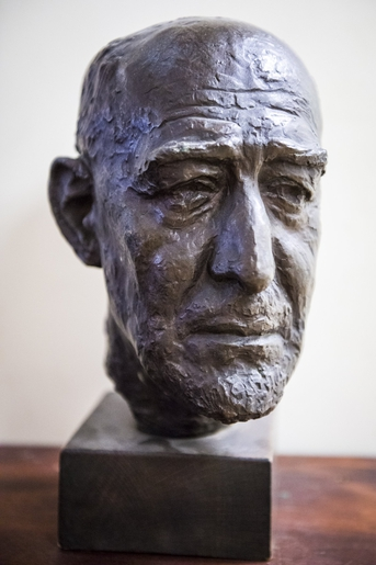 Head of Leo Baeck, by Erna Weill