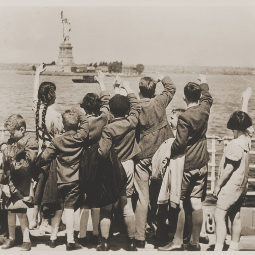 Washington Heights, Refugee Children