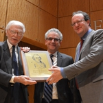 Raphael Gross receives the Moses Mendelssohn Award